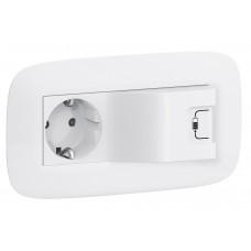 Valena In'Matic - Розетка комбинированная 2Р+Е/USB 1000мА, с лицевой панелью LIFE/ALLURE, белая